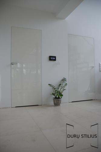 Durys - stiklas ir akrilas 31